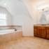 18Master Bathroom