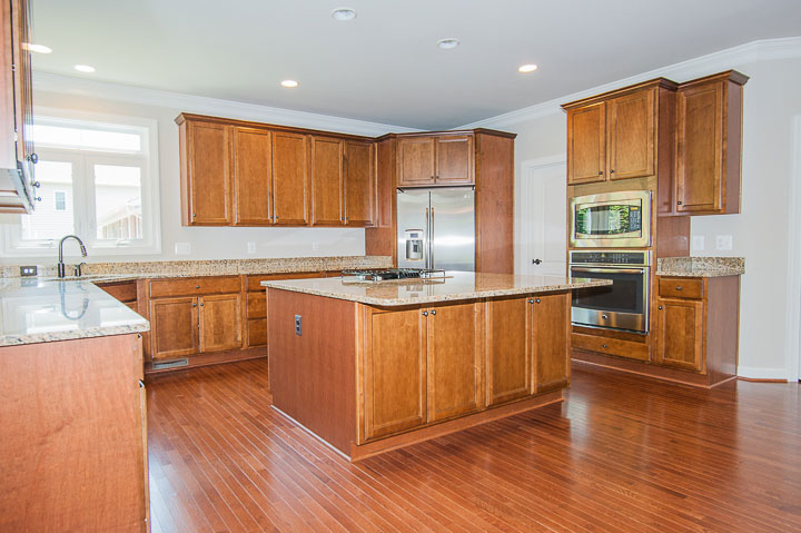 Kitchen-Hardwood