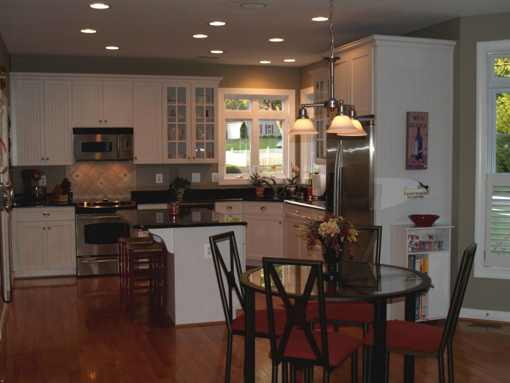 Kitchen and Nook light