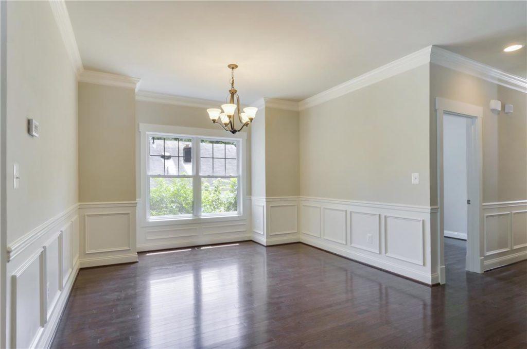 Main Level-Dining Room-_DSC6461