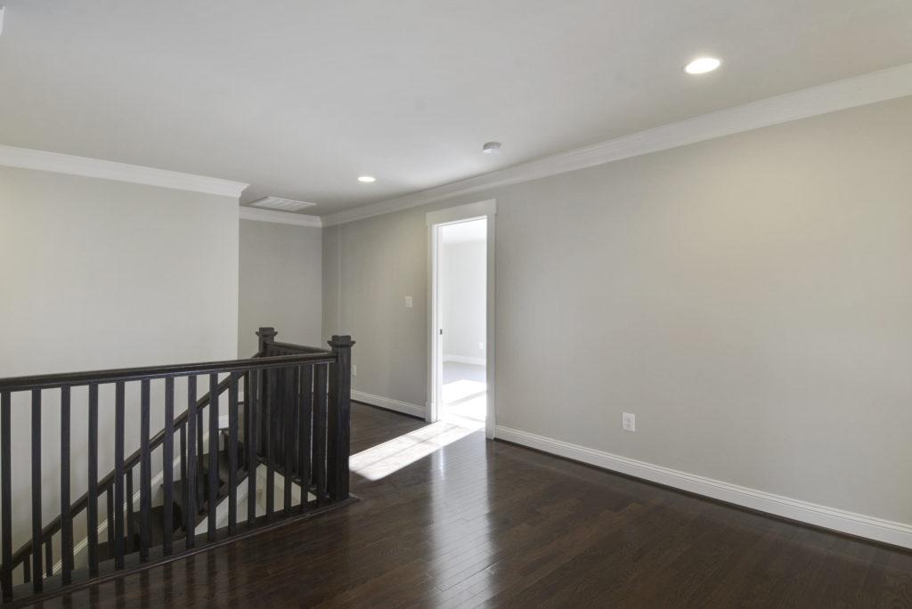 upper-level-hall-_dsc6564