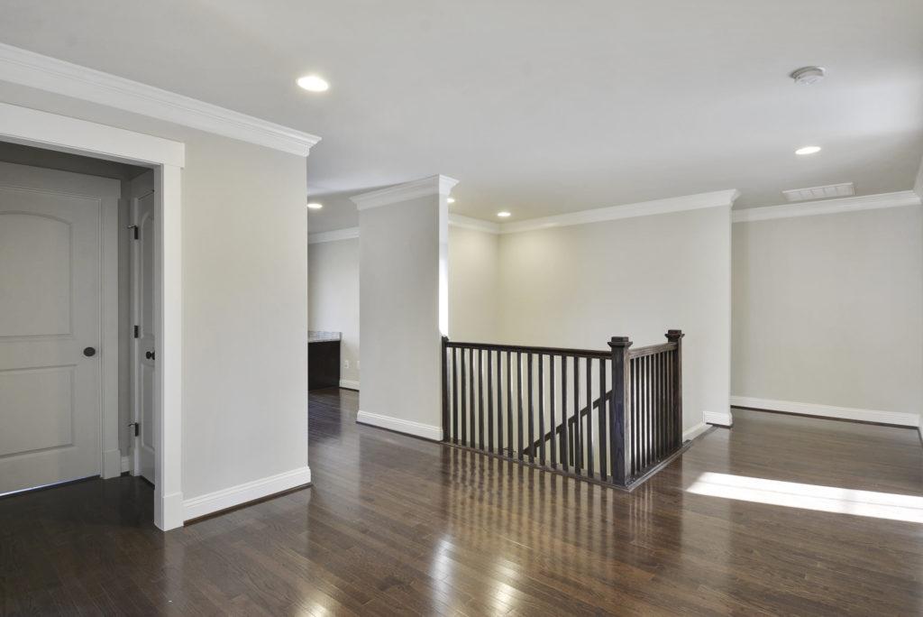 upper-level-hall-_dsc6573