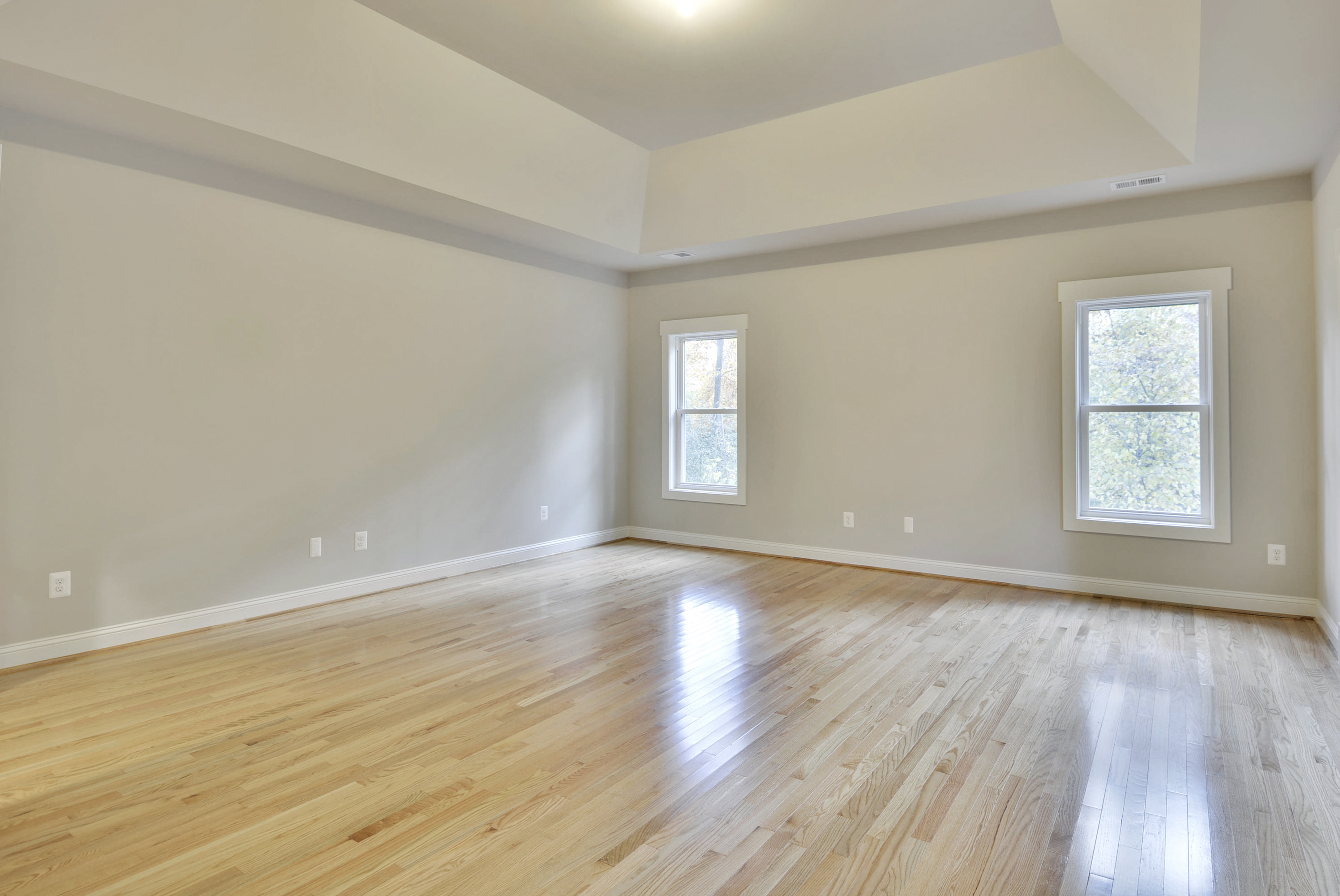 Light, Medium, or Dark: How to Pick a Wood Floor | NDI