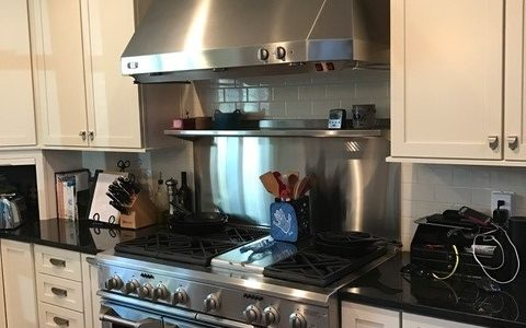 How To Choose A Vent Hood For Your Range or Cooktop