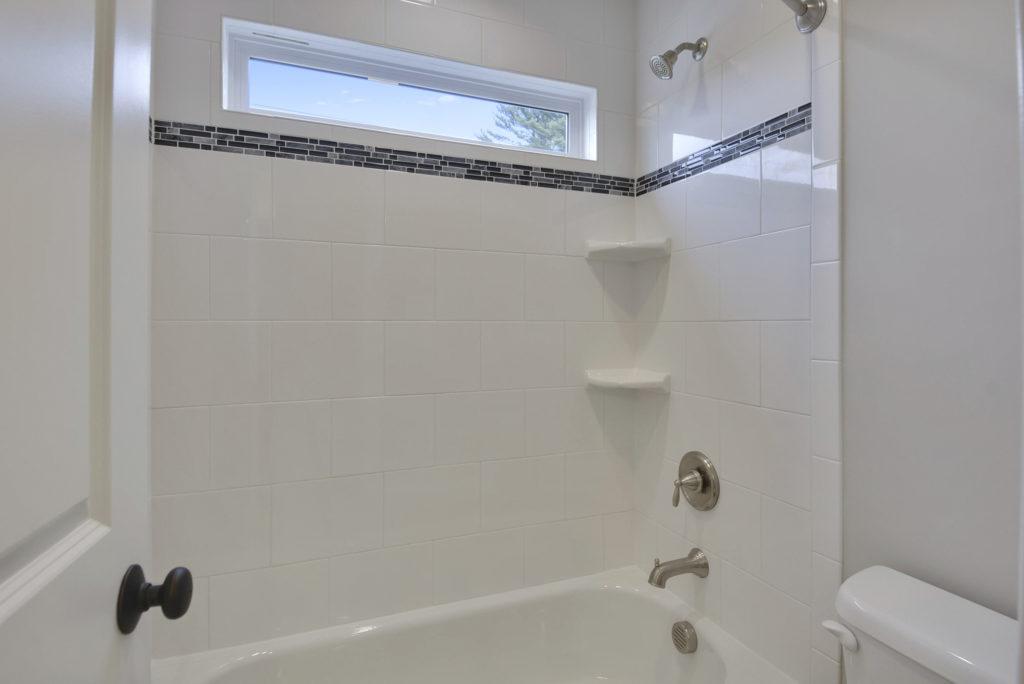 upper-level-bath-_dsc5694