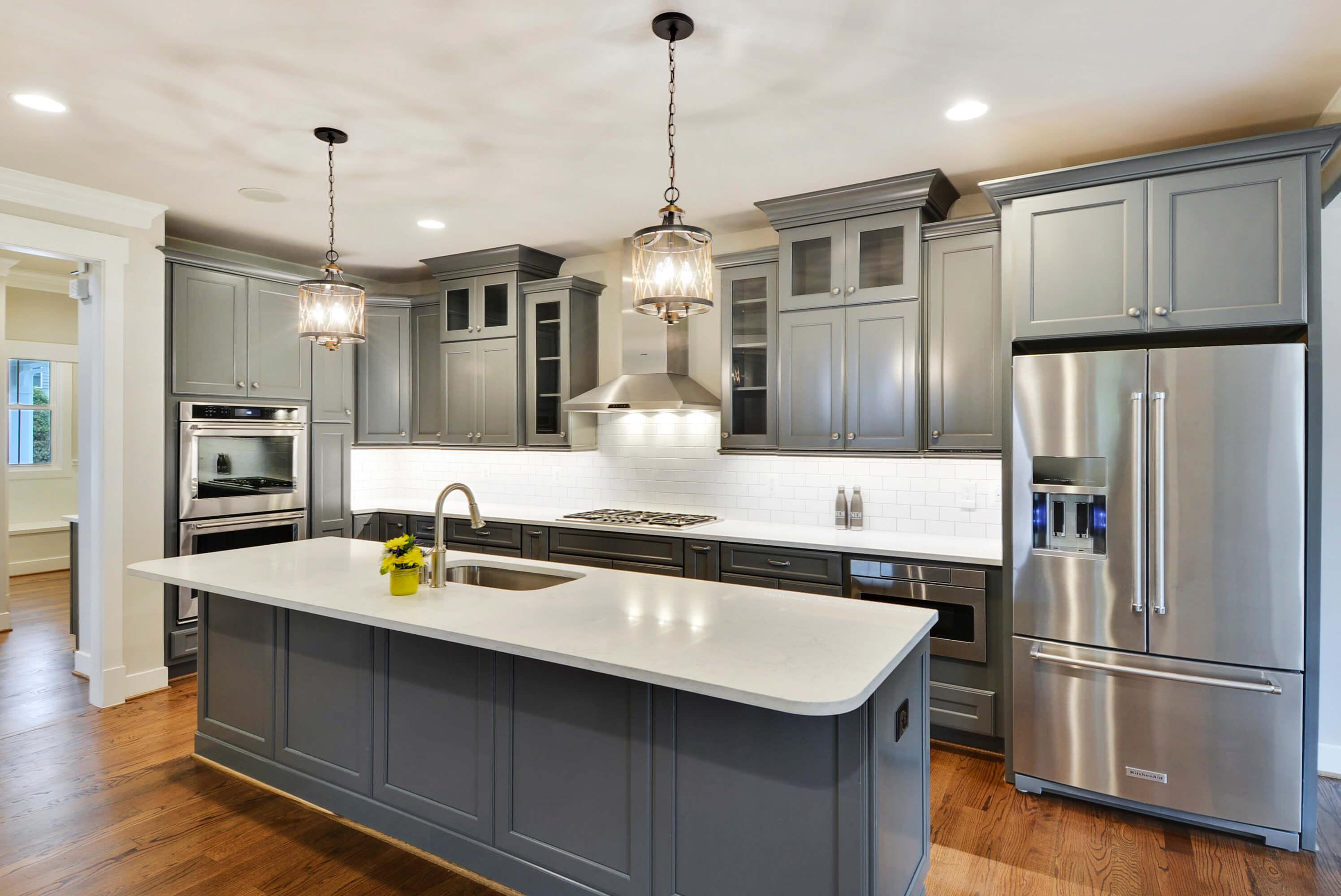 Main-Level-Kitchen-_DSC8896