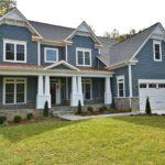 Home Building FAQ: Where Should I Put My Garage?