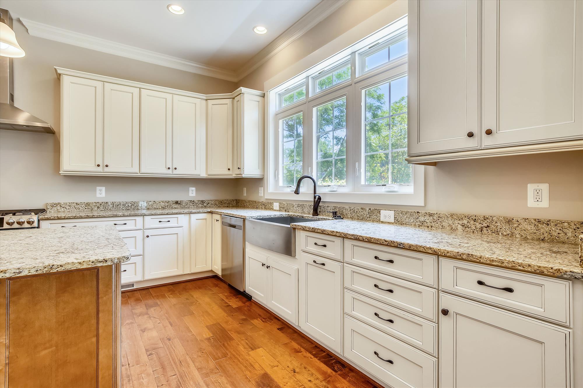 Main-Level-Kitchen-_MG_6742